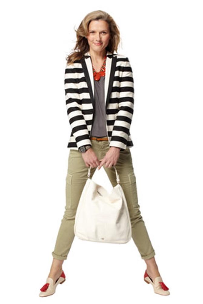 250163e49c What to Wear with a Striped Blazer - Striped Blazers