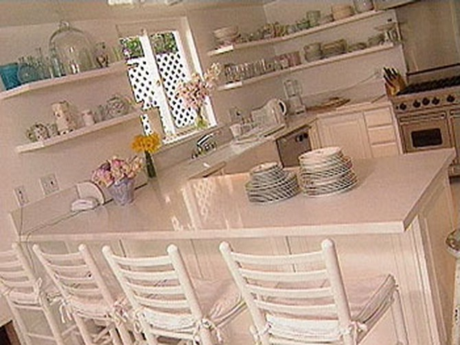 How To Keep A Kitchen Bright And Open
