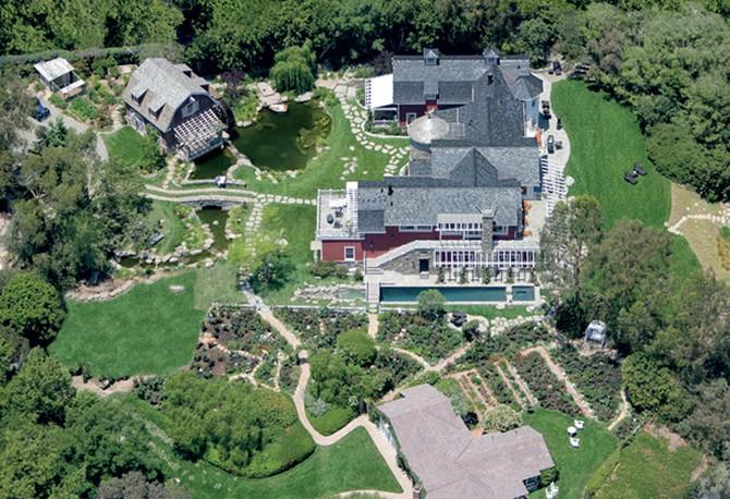 Inside Barbra Streisand S Dream Home,Patio Small Back Porch Ideas