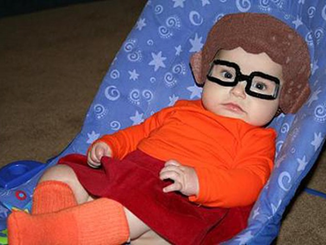 Rachel's daughter dressed as Velma.