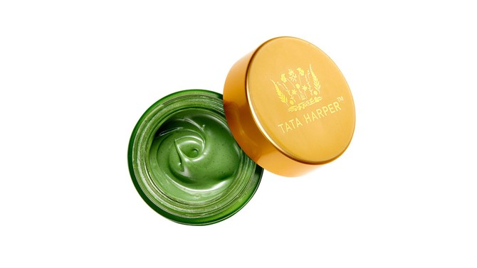 Best Face Treatment for Oily Skin: Tata Harper Clarifying Mask