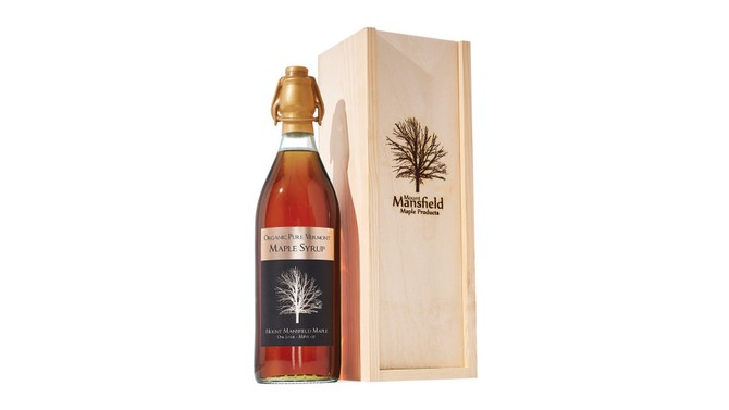 Organic Pure Vermont Maple Syrup in Swing-Top Bottle with Wooden Gift Box