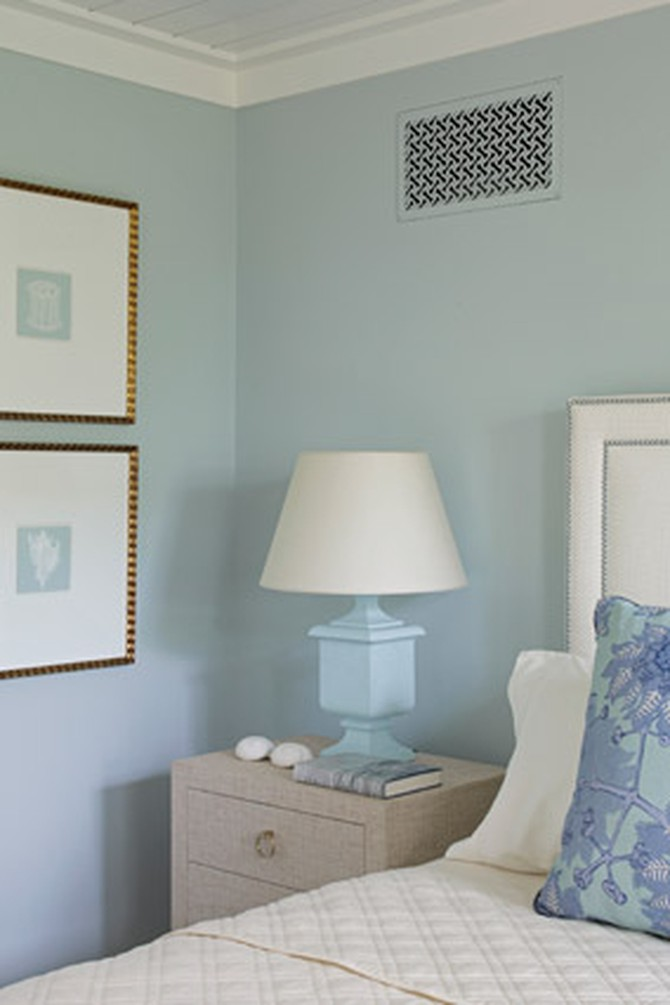 Blue-and-white coastal-inspired bedroom