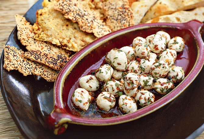 Toasted Cumin and Roasted Garlic Cream Cheese with Flatbreads
