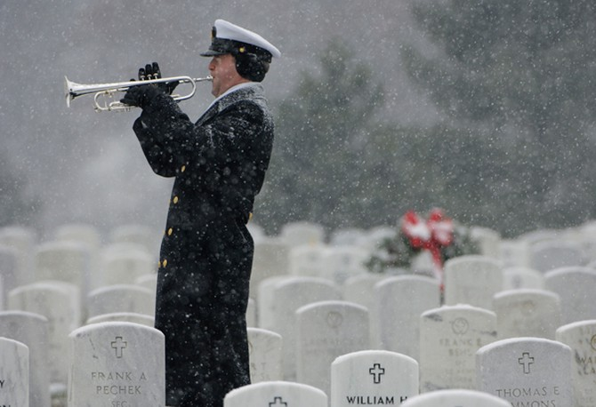 Honoring the fallen at Arlington National Cemetery