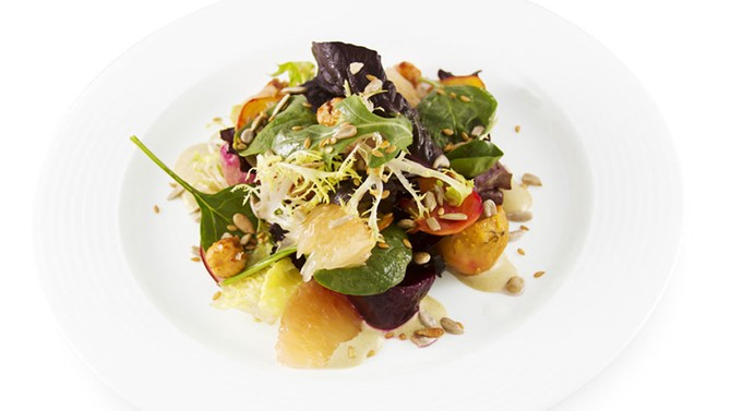 Beet salad with dates