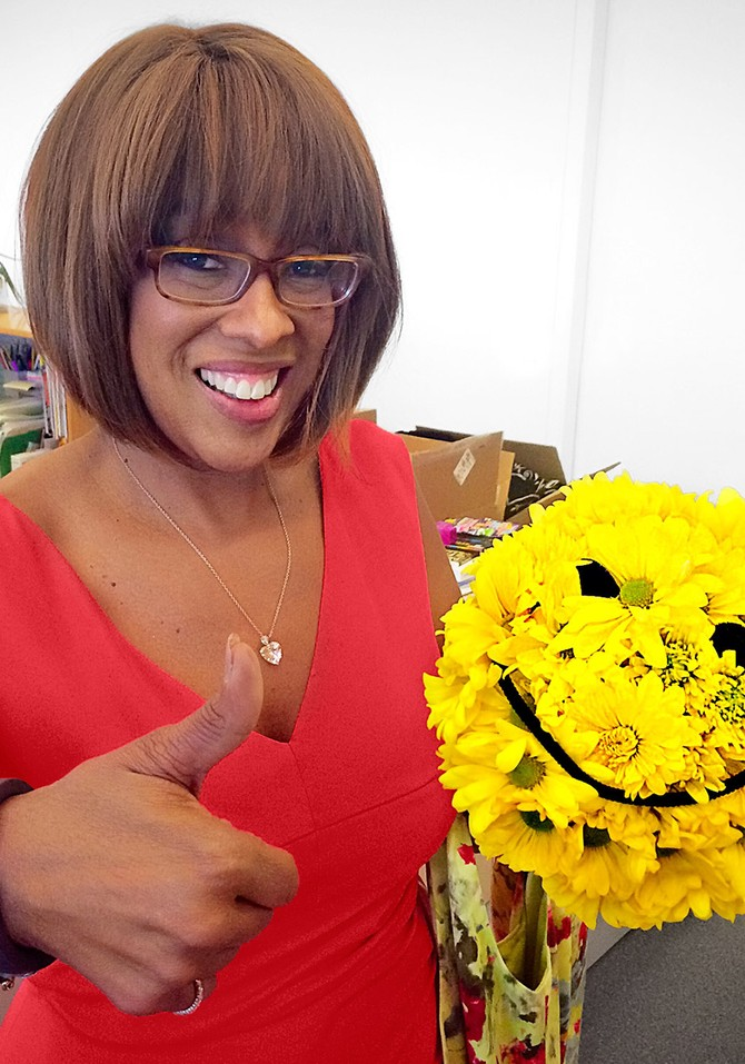 Gayle King and smilie face bouquet