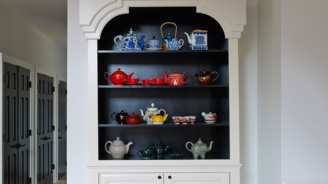 Teapot cupboard in Iyanla Vanzant's house