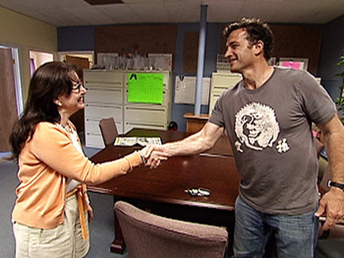 Stephen meets the director of the women's shelter.