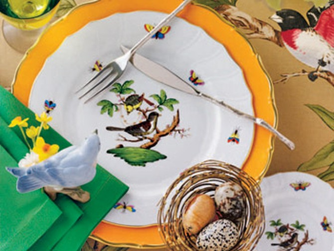 Table setting with bird theme