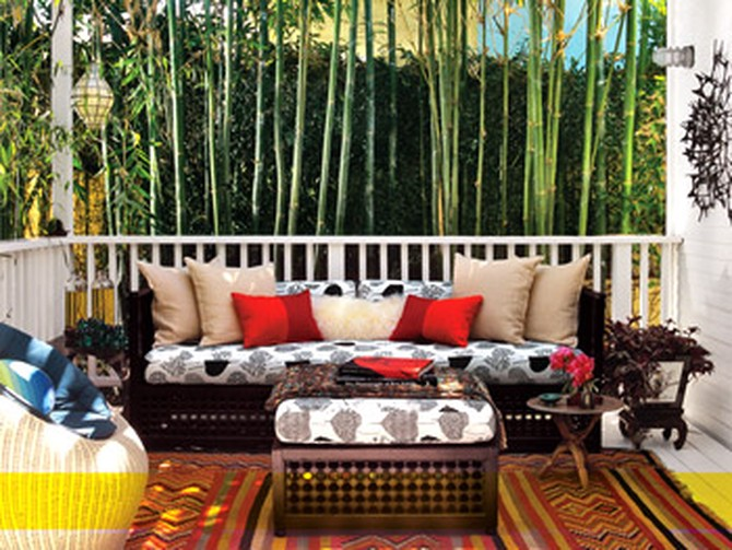 Pam turned her porch into a Moroccan-inspired retreat.