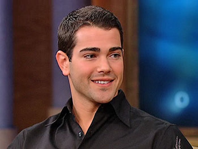 Jesse Metcalfe plays John the gardener