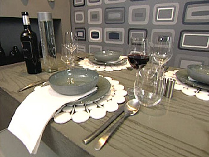 Colin Cowie's elegant table setting