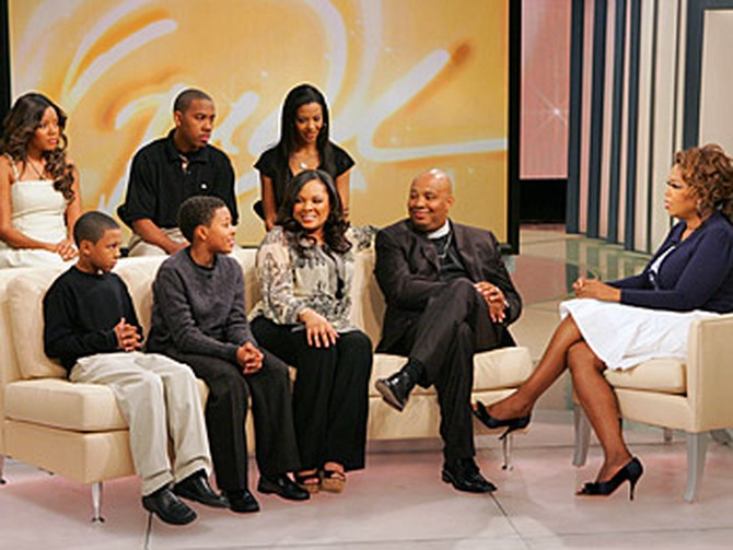 Rev Run, his wife Justine and their five kids