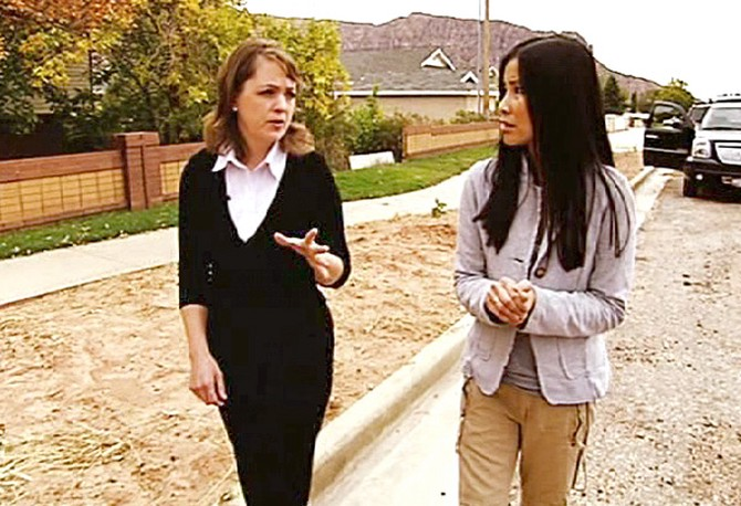 Lisa Ling and Carolyn Jessop in Colorado City