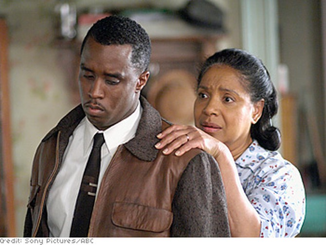 Phylicia Rashad and Sean Combs star in 'A Raisin in the Sun.'