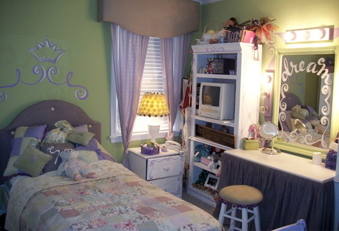 Molly's bedroom