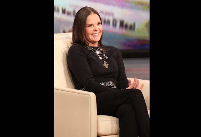 "Ali MacGraw on the set of ""The Oprah Winfrey Show"" in October 2010"